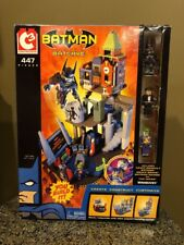 DC C3 Construction Batman Batcave With Minimates