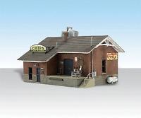 N Woodland Scenics built N' Ready 4927 Chip's Ice House