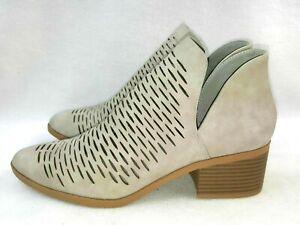 City Classified Chulk Women's Ankle Boots Size 10 Chunky Heel Low Cut