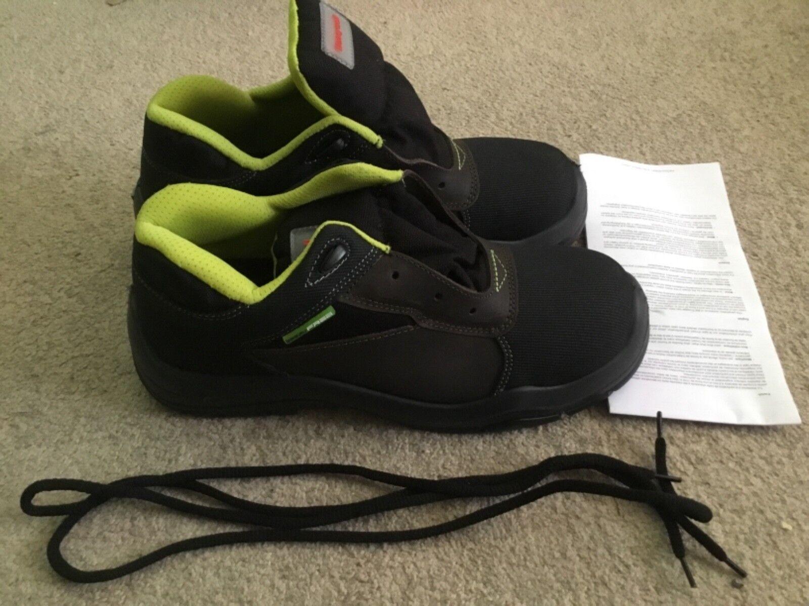 Honeywell 6246158-45/7 Footwear, Bacou Creek AMG Safety Footwear, 6246158-45/7 S3 CI SR UK10.5 / EU 45 050084