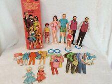 Vintage BARBIE /& KEN Paper Dolls MINT UNCUT High Coloring 1970 Whitman LOOK