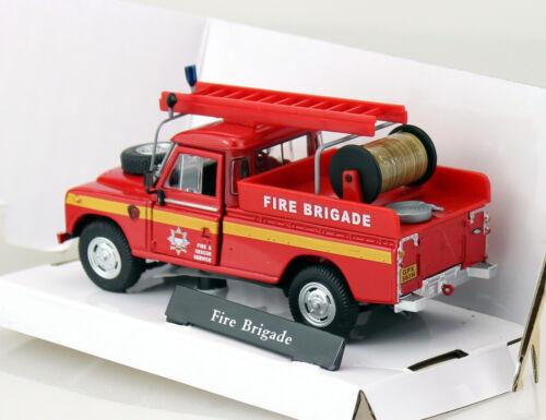 Land Rover Series Feuerwehr 1:43 Cararama Modellauto Die-cast