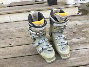 Ski Boots Salomon Evolution 2 7.0 W