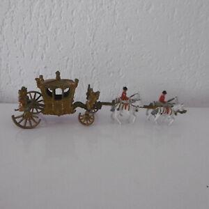 Carrosse Sacre Reine Elisabeth Ii Crescent Toys Plomb 1953 à Restaurer Haute Qualité Et Bas Frais GéNéRaux