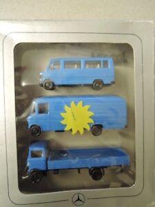 Responsable Herpa Mercedes Benz Set 3 Mercedes Transporteur Bleu Clair Dans Neuf Dans Sa Boîte De Collection (n1)-afficher Le Titre D'origine Nombreux Dans La VariéTé