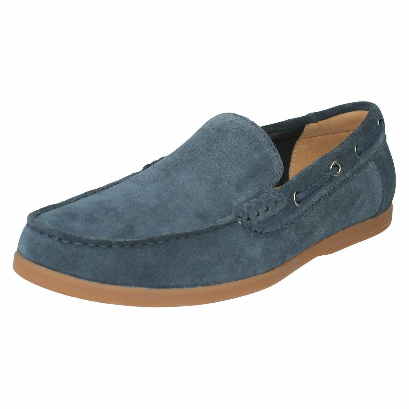 Clarks Morven Sun Navy Suede Slip On shoes