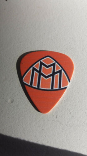 10027 Various plectrum//bands//movies//UK/&USflag//car logos//planets etc guitar picks
