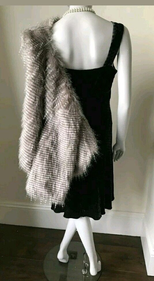 Stunning Vintage Style (40s) BIBA Faux Fur Cape   Capelet New