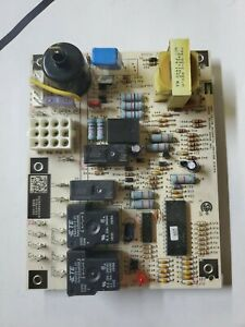 Carrier Bryant 1068-83-4103 1068-400 Furnace Control Circuit Board used c35 1024