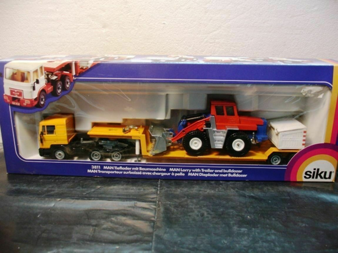 WOW EXTREMELY RARE Man F90 Yellow w  Trailer & Red Bulldozer 1 55 Siku