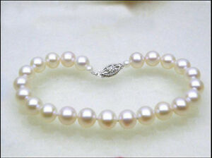 Gorgeous AAA+ 7-8mm natural Akoya white round pearl bracelet 14k Clasp