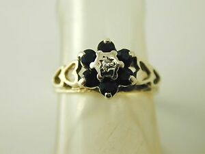Sapphire-diamond-cluster-ring-vintage-9-carat-gold-size-K-1-2-dated-1982-0-36cts