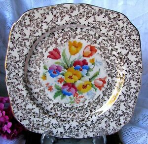 H-amp-K-Tunstall-Old-English-Sampler-Cake-Plate-10-034-Gold-Chintz-Petit-Point-Square