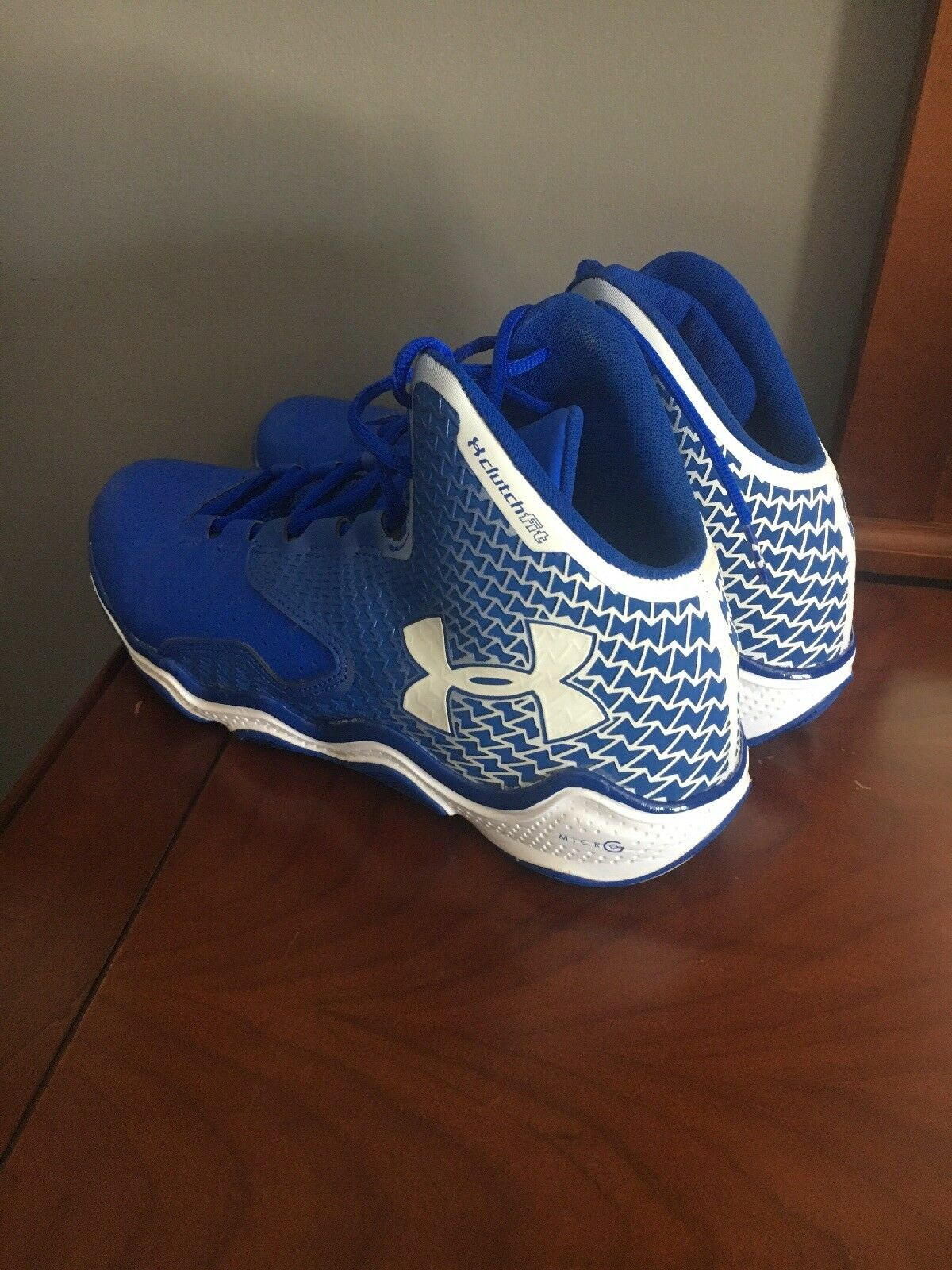 Under Armour Basketball Clutch Fit Shoes Men's Size 12