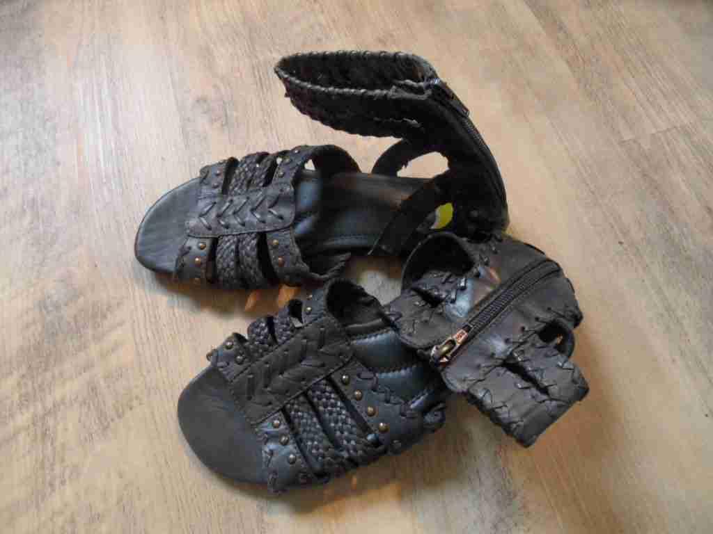 BULLBOXER Bottines sandales avec bride gris taille 37 NEUF zc1116