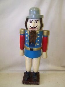 Very-Age-Large-Nut-Cracker-67cm-Carved