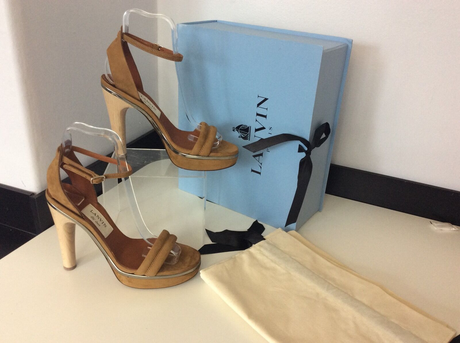 LANVIN NEW Tan Sandal schuhe Heel Größe 37.5 Uk 4.5  Peep Toe BNWB Box Dustbag    Kompletter Spezifikationsbereich