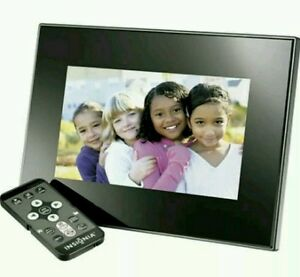 INSIGNA-7-INCH-DIGITAL-PHOTO-FRAME-BLACK