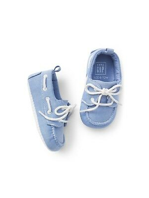 GAP Baby Boy Size 3-6 Months Light Blue White Lace-Up Boat Shoes Sneakers