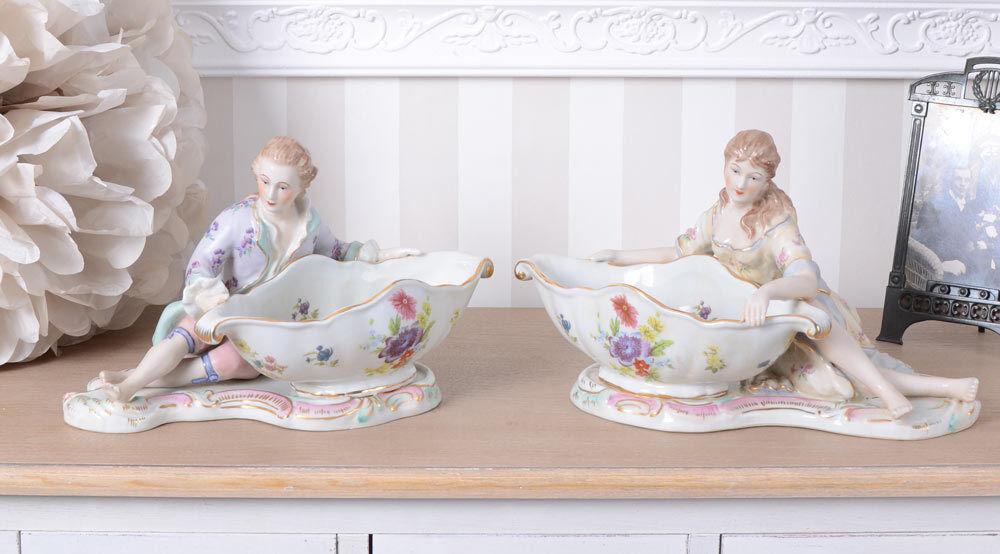 Dos Tazones de estilo barroco juego de dos Porcelana Lady & Caballero
