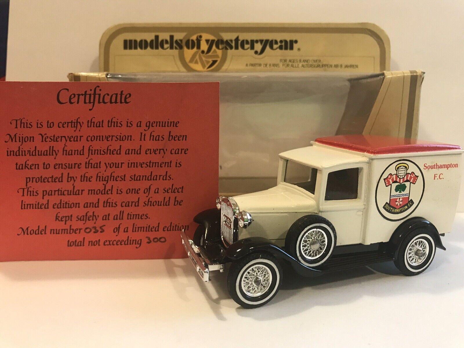 risparmia fino al 30-50% di sconto modellos OF YESTERYEAR Y-22 1930 Ford a Southampton Footbtutti Club Club Club mijon RARE Limited 35 300  risparmia fino al 50%