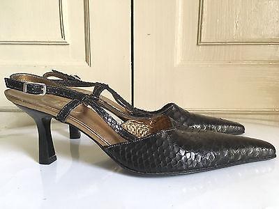 Linea Bruna Impresión De Piel De Serpiente Cuero Negro 39.5 Honda Nuevo Cerrado Sandalias del Dedo del Pie