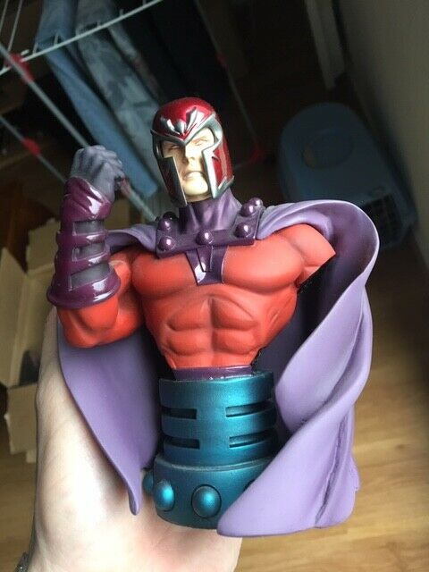 Marvel X-Men Magneto  bust without original box