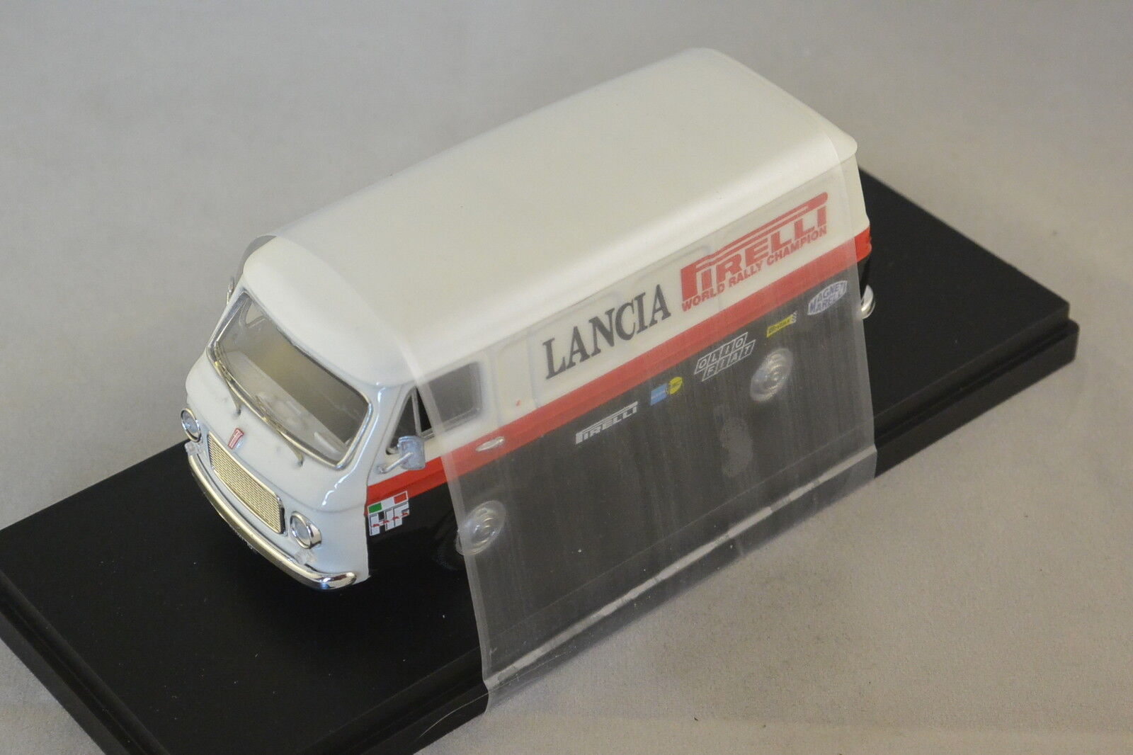 Rio 4407 - Fiat 238 Assistance Lancia - 1970    1 43
