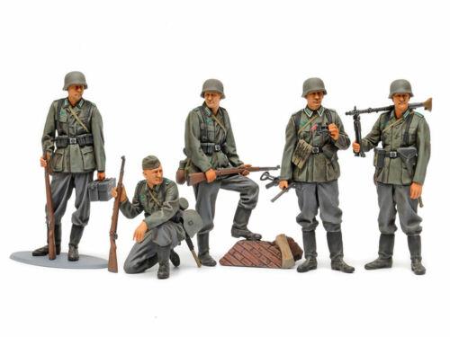 Tamiya 35371 1//35 Scale Military Figure Model Kit Mid-WWII German Infantry Set