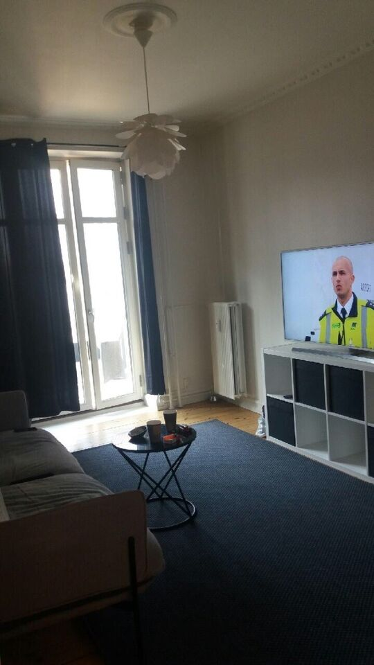 2000 3 vær. lejlighed, 105 m2, Nyelandsvej 3.tv