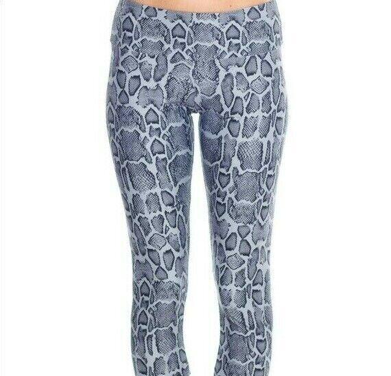 Onzie High Rise Gray Leggings NWT Size XL Snake Skin Yoga Pants Wicking Stretch