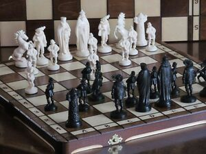 Brand-New-Medieval-Design-Chess-Set-Great-Board