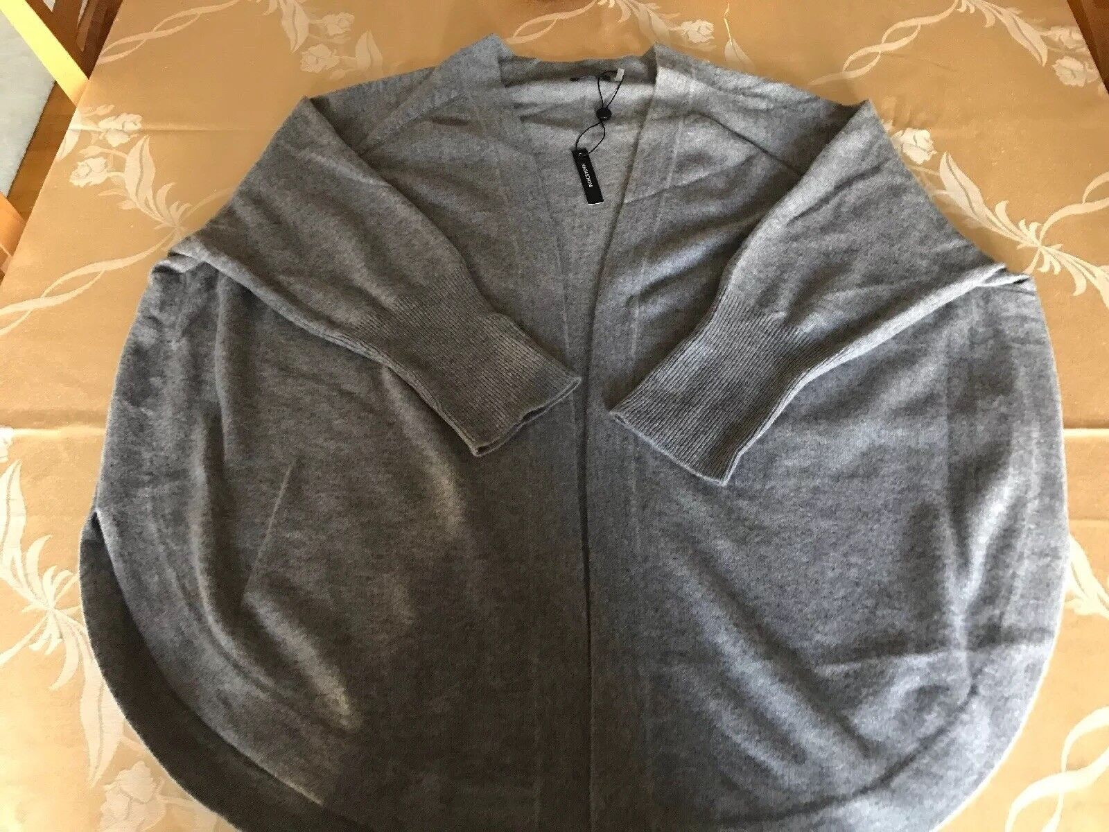 New With Tags Tags Tags Magaschoni 100% Cashmere Cardigan Sweather 254ac7