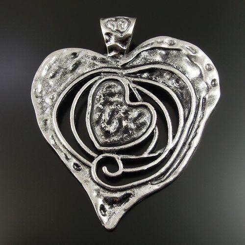 32923 Antiqued Silver Tone Hollow Heart Alloy Hot Sale Charm Pendants 1pcs