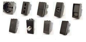 SERIE FRUTTi COMPATIBILE  BTICINO LIVING INTERNATIONAL PRESA SCHUKO USB DEVIATOR