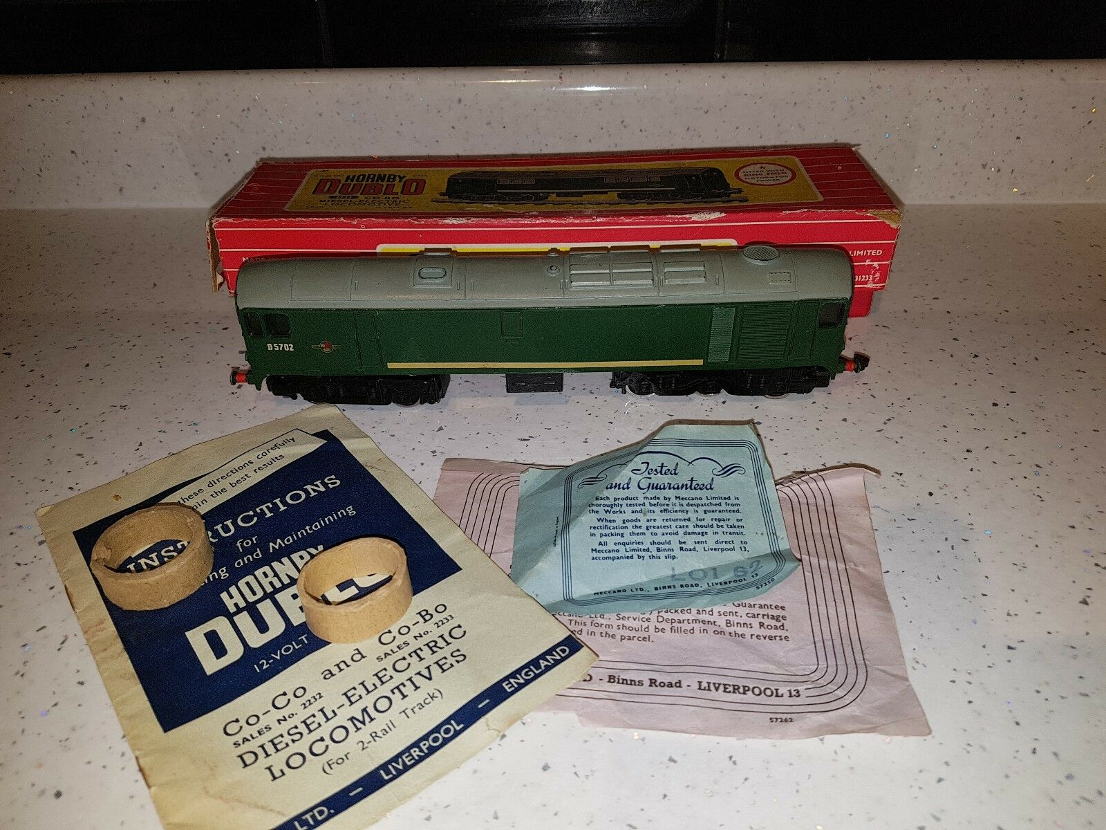 Hornby Dublo 2233 CO BO Diesel Loco 2 Rail OO Train. Boxed with instructions