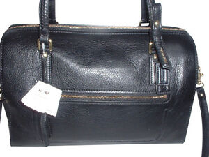 NWT-Authentic-Coach-Poppy-Leather-EW-Satchel-Handbag-25601-Black