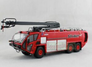 1/50 OSHKOSH AIRPORT PRODUCTS Fire Engine Striker 6X6 Truck Red Diecast