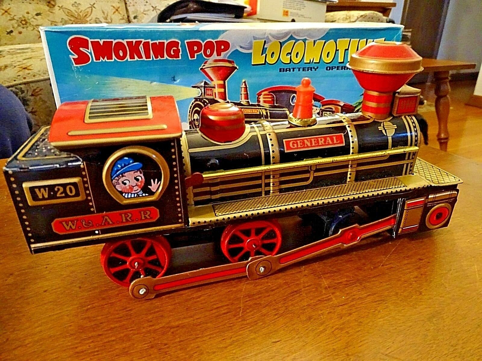 Battery operated vintage toy Train pop locomotive all original with box Japan