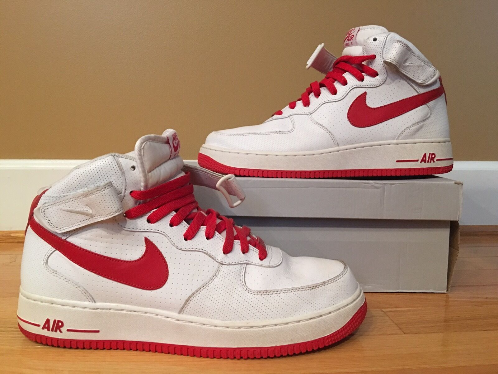 Nike Air Force 1 White Varsity Red