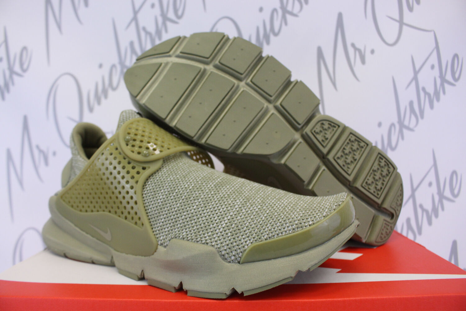 NIKE SOCK DART BR SZ 10 BREATHE TROOPER OLIVE GREEN 909551 200