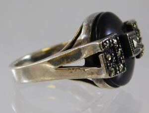 Vintage-Black-Onyx-and-Marcasite-Ring-Art-Deco-Sterling-Silver-925-Size-8-5