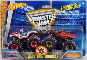 Hot-Wheels-Monster-Jam-Captain-America-Vs-Iron-Man-NEW-Monster-Trucks-1-64
