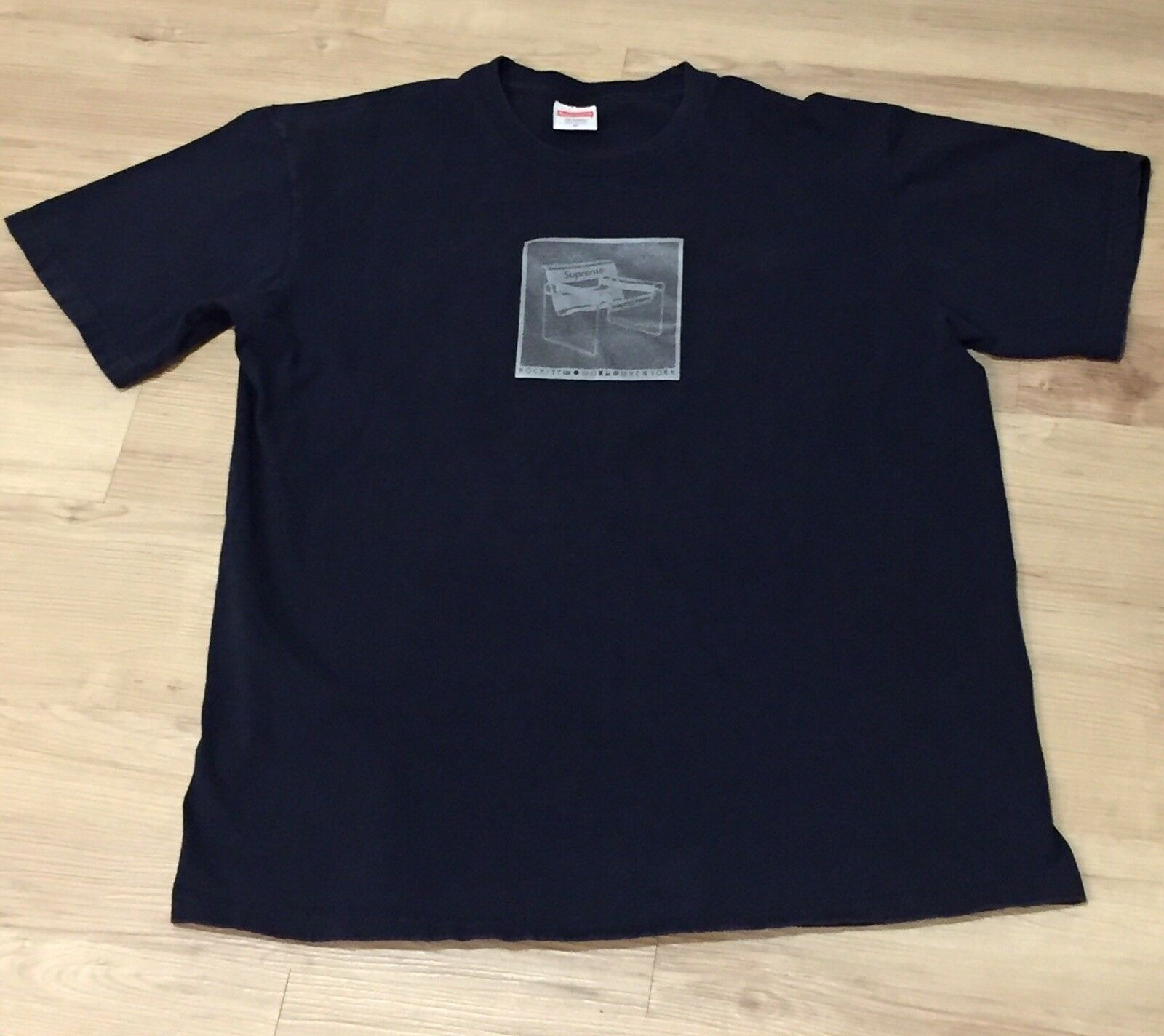 Supreme Chair Tee Navy Blau Größe M Medium SS17 Worn