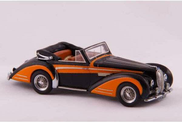Kit pour miniature automobile CCC   Delahaye 135 Chapron cabriolet 1947 référenc
