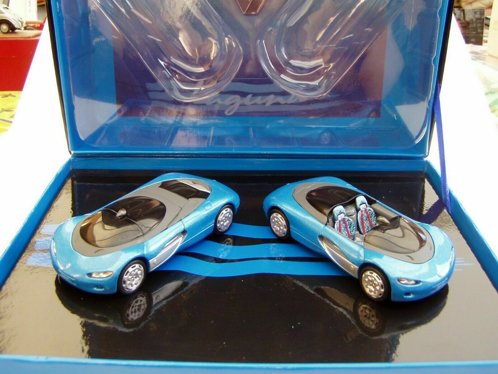 COFFRET RENAULT LAGUNA CONCEPT CAR Blau CIEL NOREV 7711230369 1 43 DIE CAST