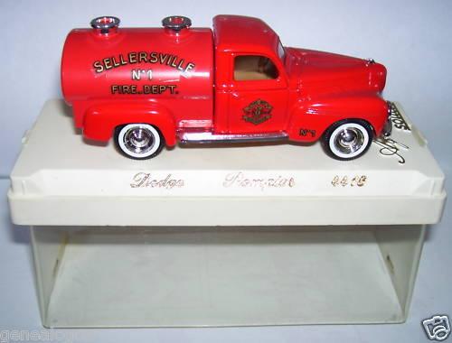 SOLIDO DODGE DODGE DODGE CITERNE 1950 POMPIERS SELLERSVILLE FIRE 09d1f0