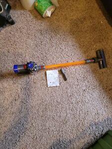 Kids Casdon Dyson Cord-free Handheld Vacuum Cleaner Toy Pretend Play model: 687