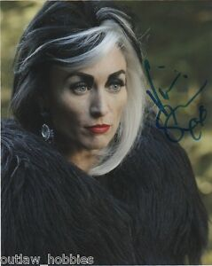 Victoria-Smurfit-Once-Upon-A-Time-Autographed-Signed-8x10-Photo-COA