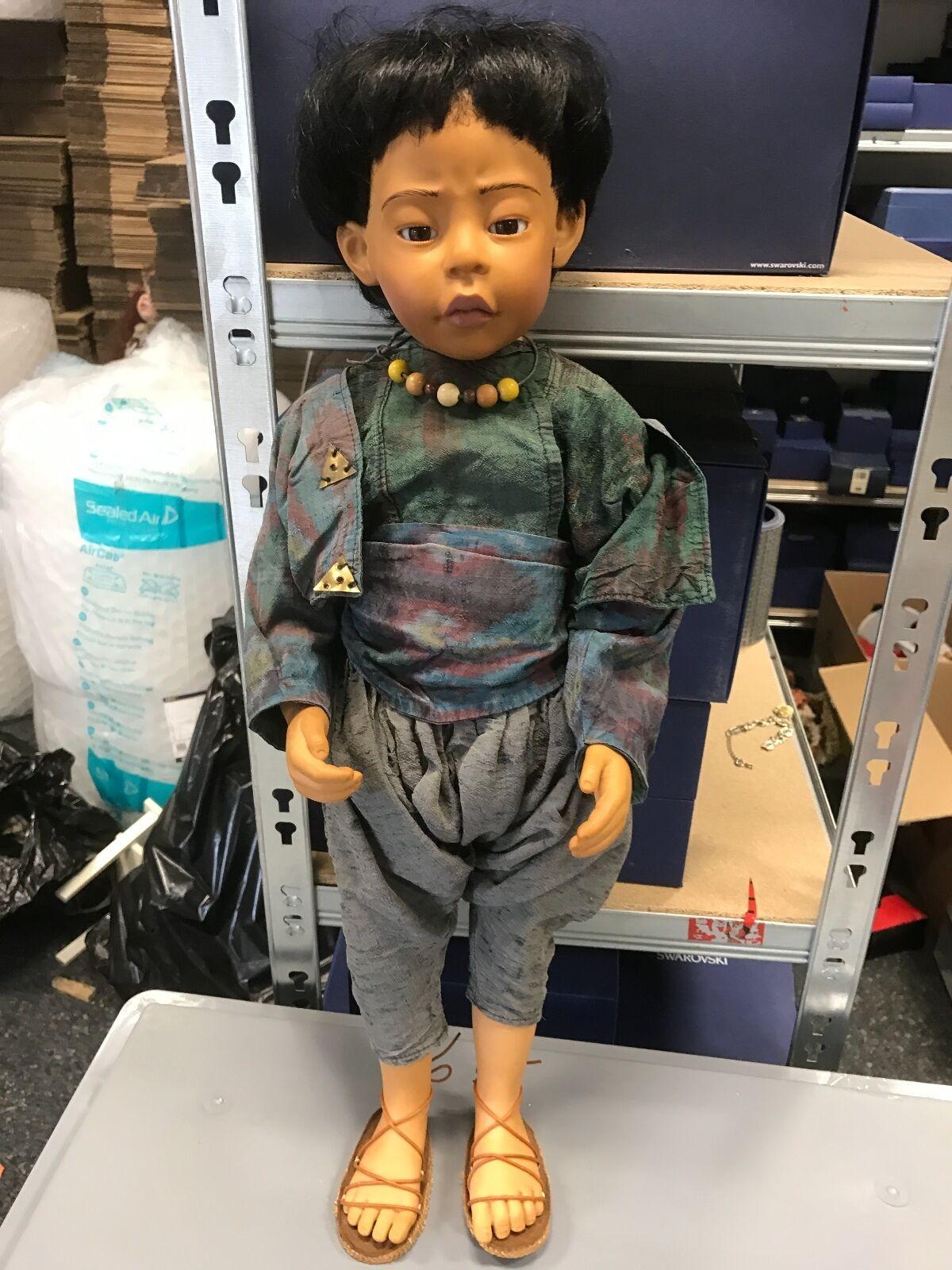 Philip Heath Vinyl Puppe 60 cm. Signiert    Top Zustand